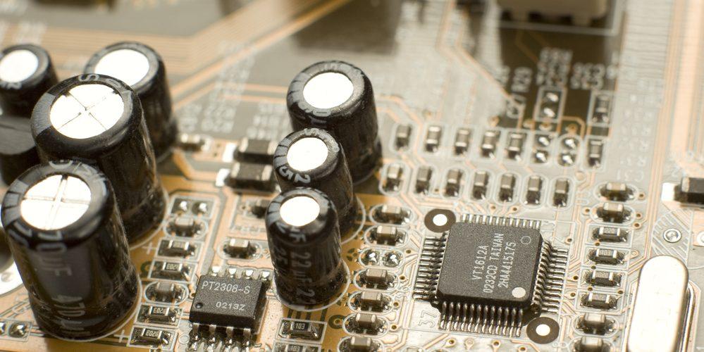 160 Volts SET DE 8 CONDENSATEURS SNAP-IN 1000 µF